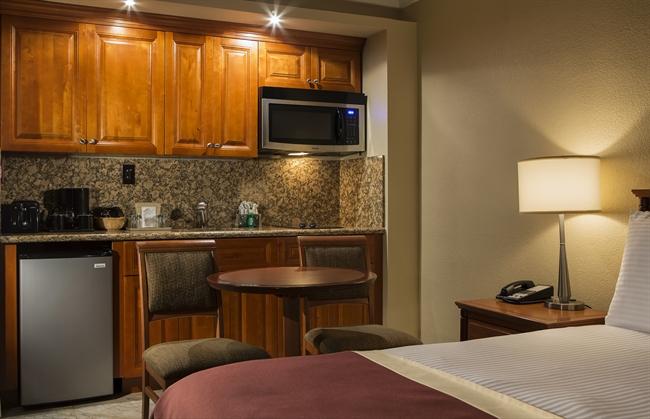 Deluxe King Room 306 Sqft 28sqm