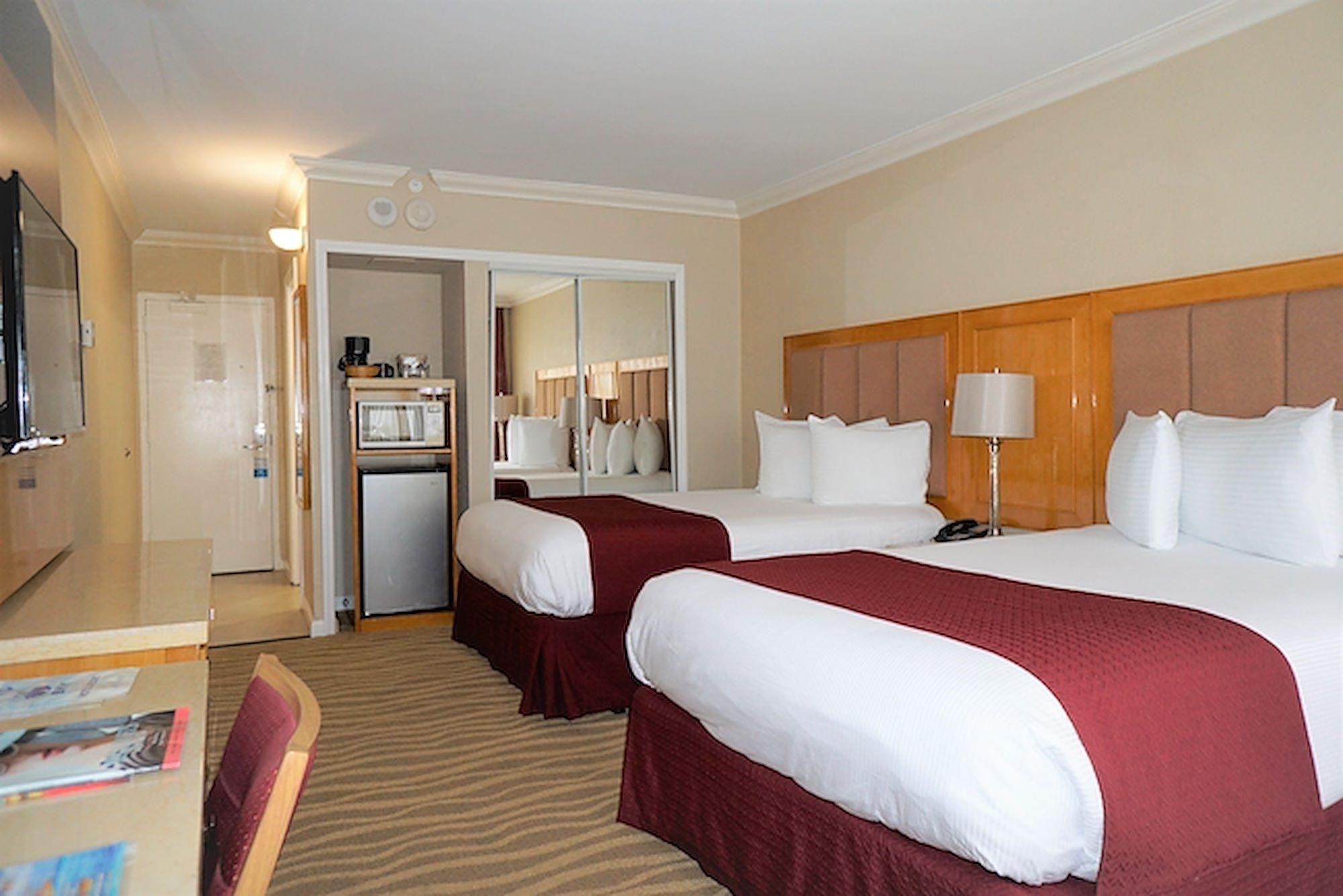 Ocean Sky Hotel- Standard 2 Double Bedroom